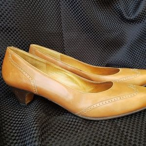Women's leather heel